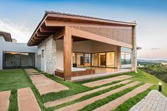 House in Pasárgada / MASV - Amália Vieira Arquitetura