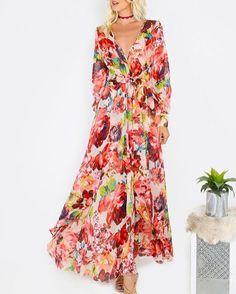 RS. 3739.00  Floral Deep V-neck Maxi Dress PINK  #instafashion #instalove #instabeauty #instastyle #florance #newstyle #newarrivals #shopnow #zooomberg