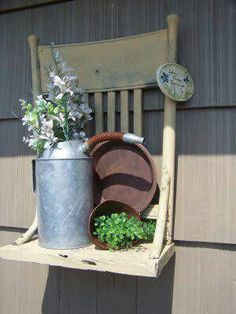yard art from junk repurposing garden decorations OLD CHAIRS: Shelves, Swings, Benches ~ This is the cutest most creative thing ever! I wont be passing up old chairs at yard sales Outdoor Projects, Diy Projects, Outdoor Ideas, Old Chairs, Wooden Chairs, Dining Chairs, Vintage Chairs, Metal Chairs, Dining Table