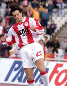 Zlatko Zahovic (Olympiacos) Football Players, Athlete, Passion, Club, Sports, Red, Tops, Soccer, Soccer Players