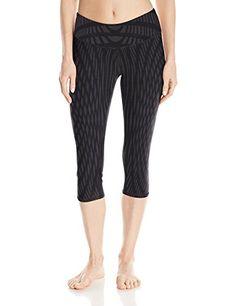 1afbaac49f51 Alo Yoga Women's Airbrush Capri Legging at Amazon Women's Clothing store: