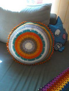 Die 15 Besten Bilder Von Kissen Crochet Pillow Yarns Und Crochet