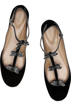 CHLOÉ, Embellished suede T-bar ballet flats. Out of my price range, but a girl can dream. Pretty Shoes, Beautiful Shoes, Cute Shoes, Me Too Shoes, Chloe Ballet Flats, Ballerina Flats, Ballet Shoes, Shoe Boots, Shoes Sandals