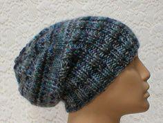 Slouchy hat or brimmed beanie in denim blue mix