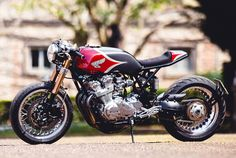 CB750 dohc cafe racer by Puzzle Garage Roma
