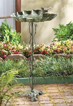 Wreaths: Decorative Door Wreaths, Luxury Christmas Wreaths - Garden Accents - Maplesville, AL