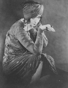 "ruth st. denis. ruth st. denis (1879 – 1968) was an early modern dance pioneer. she started her career dancing in vaudeville houses, but was soon noticed by a well-known broadway producer and hired to perform with his large company as a featuring dancer. she toured with this production ""zaza"" around europe and the united states, and worked with many important european artists. these artists ignited her artistic inspiration, and she became very interested in dance and drama of eastern…"