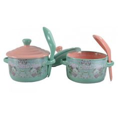 http://www.tranqueirachic.com.br/mesa-e-cozinha/par-cumbuquinha-gourmet