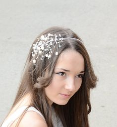 Hey, I found this really awesome Etsy listing at https://www.etsy.com/listing/170728474/bridal-hair-accessory-freshwater-pearls