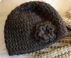 Easy peasy adult crochet hat.