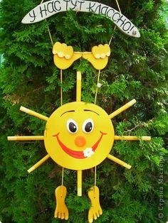 Поделка изделие Выпиливание солнышко Дерево Клей Краска