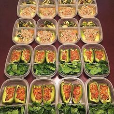 Creative and delicious-looking meal prep happening for @jayraphael! For lunch he has baked green bell peppers stuffed with taco-seasoned lean ground turkey & pico de gallo & baby spinach with coconut aminos and for dinner he has lean ground pork with red onions & tomatoes baby bok choy and grilled Brussel sprouts! - Receive clean-eating food lists for new ideas on your meal prep! Download @mealplanmagic for everything you need to start a plan for healthy eating! - ALL-IN-ONE TOOL & GUIDES…