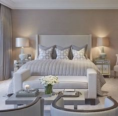 Modern Style Bedroom Design Ideas and Pictures. The modern bedroom should be as beautiful as it is comfortable. To help you create your dream bedroom suite. Modern Master Bedroom, Master Bedroom Design, Dream Bedroom, Home Decor Bedroom, Bedroom Ideas, Bedroom Furniture, Furniture Decor, Bedroom Designs, Master Bedrooms