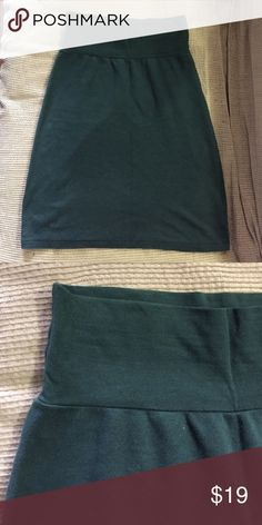 American apparel pencil mini skirt 100% cotton, forest green mini pencil skirt, never worn. Looking for a new home where it won't be sitting unworn in a drawer! American Apparel Skirts Mini