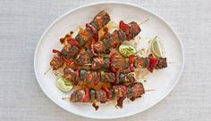 50 geniale Grillrezepte für Ihr BBQ - MEN'S HEALTH Cajun Recipes, Cajun Food, Easy Recipes, Bbq Pitmasters, Fast Good, Cook Off, Skewers, Kung Pao Chicken, Ratatouille