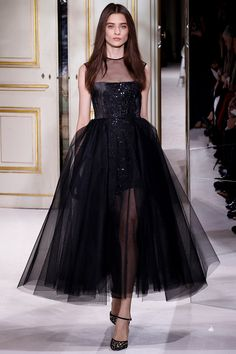 Giambattista Valli Spring 2013 Couture - Review - Fashion Week - Runway, Fashion Shows and Collections - Vogue - Vogue