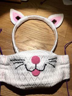 Mask by A-Manufaktur Kitty, Cats, Happy, Little Kitty, Gatos, Kitty Cats, Ser Feliz, Kitten, Cat