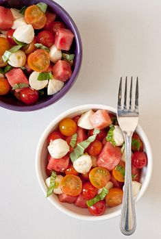 Put an even more summery spin on caprese salad by featuring diced watermelon alongside the chopped tomatoes. Get the recipe: watermelon caprese salad Summer Salad Recipes, Watermelon Recipes, Easy Salad Recipes, Vegetarian Recipes Easy, Easy Salads, Summer Salads, Summer Bbq, Healthy Summer, Watermelon Salad