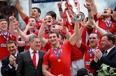 Captain Sam Warburton lifts the trophy as Wales celebrate winning the Grand Slam…