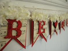 Add a lovely touch to your Valentine decor with this sweet Be Mine banner. Be Mine is spelled out in red glittery letters. Happy Easter Banner, Valentine Banner, Valentine Day Love, Vintage Valentines, Valentine Decorations, Valentine Crafts, Paper Decorations, Fall Burlap Banner, Burlap Garland