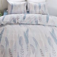 Beddinghouse Arikok dekbedovertrek op www.smulderstextiel.nl - #feather #vogel #dekbedovertrek #beddengoed #sheets #interior #bedroom #interieur #lifestyle