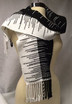 Handwoven clasped weft scarf black and white