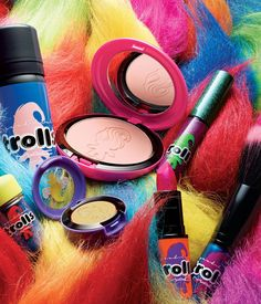 MAC Cosmetics Just Brought Back a '90s Trend That Will Make You Nostalgic AF