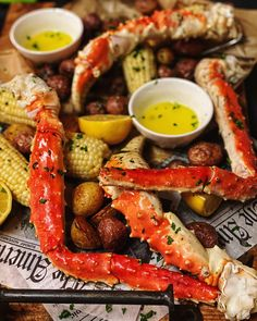 Create your very own king crab feast at home. Quick Recipes, Fish Recipes, Seafood Recipes, Seafood Dishes, Crab Feast, Crock Pot Desserts, Cast Iron Cooking, Pizza, 30 Minute Meals