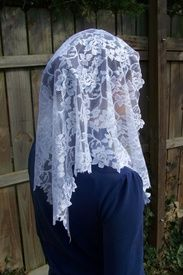 Long Floral Lace Mantilla Chapel Veil in White