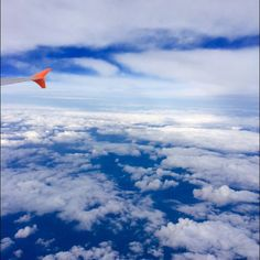 I saw this beautiful sky in an airplane. That's wonderful!!