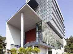 The Teaching Complex / Rocco Design Architects