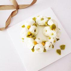 보기도 예쁘고, 먹기도 예쁜… Buttercream Korean Flowers Buttercream