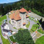 Castelul Cantacuzino este amplasat în Bușteni, cartierul Zamora, pe locul unei vechi case de vânătoare, ce dăinuia încă din  sec. al-XVIII-lea și care servea ca popas familiei Cantacuzino, în drumul său spre Brașov.  Castelul Cantacuzino este construit în stil neoromânesc, singurul stil ce a reînviat tradiția, a întârit originile și le-a conectat la prezent.