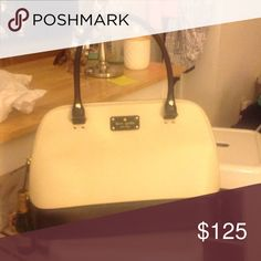 New kate spade *carry on* Black and cream, used literally once as a plane bag on a trip to Paris! Great size for school or work. kate spade Bags Shoulder Bags