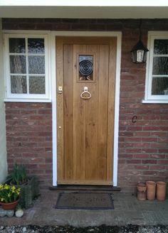 16. Solid Oak Helmsley style door  starting price £590.00+ vat Solid Oak Frame…