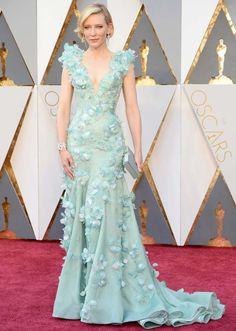 Cate Blanchett no red carpet do Oscars 2016.