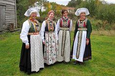 Bilderesultat for osbunad Bergen, Norway, Costumes, Google, Beauty, Vest, Fashion, Hardanger, Moda