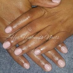 ManiQ gel overlay on natural nails