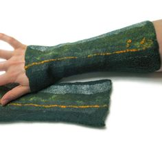 SALE 25% OFF felted wrist warmers felt gloves by vilnone