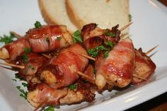 Interior Design Living Room, Chicken Wings, Low Carb, Meat, Food, Kitchens, Beef, Meal, Essen