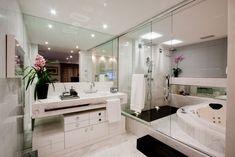 Banheiros com Banheiras!