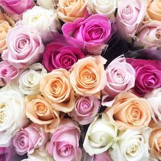 Beautiful ombré shades of roses  #pinkroses #flowers #ombreflowers #whiteroses #redroses #peachroses #bouquet #freshflowers #weddinginspo #bridalinspo #flowerlovers #freshbloom