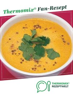 Pumpkin soup with parinette coconut milk and ginger. A Thermomix ® recipe from the soups category on www.de, the Thermomix ® Community. Pumpkin soup with coconut milk and ginger Jennifer Adiyaman jenniferadiyaman Thermomix Pumpkin soup w Pumpkin Puree Recipes, Pumpkin Soup, Pumpkin Dessert, Vegan Pumpkin, Vegetable Soup Healthy, Vegetable Drinks, Healthy Dessert Recipes, Vegetarian Recipes, Coconut Desserts