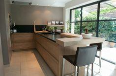 Cuisine mouvement Corner Desk, Kitchen, Furniture, Home Decor, Outer Space, Flowers, Corner Table, Cooking, Decoration Home