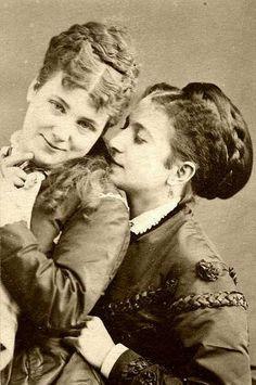 Edwardian ladies 1880.