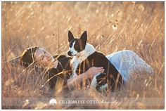 New baby pictures with dog photo shoot ideas New Baby Pictures, Girl Senior Pictures, Baby Girl Photos, Best Friend Pictures, Cute Photos, Dog Photos, Cute Pictures, Cute Photography, Animal Photography