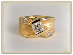 Eco-Ethical Modern Ancient Jewellery Design. Reuse your old gold and diamonds. Turn your old outdated jewellery into a wonder of eco-luxury!!  http://jeanettewalkerjewellery.com
