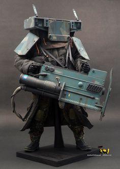 K-H.O.L.E Heavy Laser Gunner