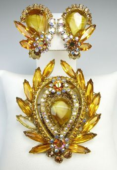 Vintage Juliana Jewelry Set Vintage Designer Costume Jewelry 1960 Juliana D/&E Topaz Orange Green Rhinestone Leaf Brooch And Earring Set