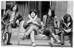 左から鈴木茂、大瀧詠一、松本隆、細野晴臣